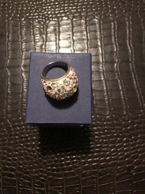 Ring von Swarovski zartrosa