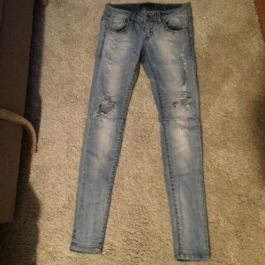 Ripped Jeans von pull & bear, Größe 34