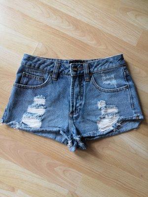 ripped shorts high waist