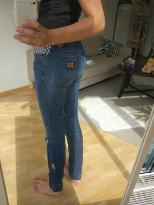 Ripped skinny Dolce and Gabbana Jeans