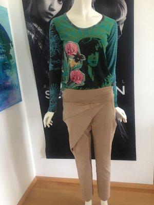 Risskio ital Designer Hose beige assymetrisch und Desigual la Shirt Medium
