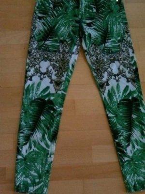 River Island ASOS Palmenprint jeans im VERSACE-stil