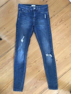 River Island Jeans Molly 8 / 34 mit Löchern