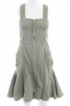 River Island Trägerkleid khaki Street-Fashion-Look