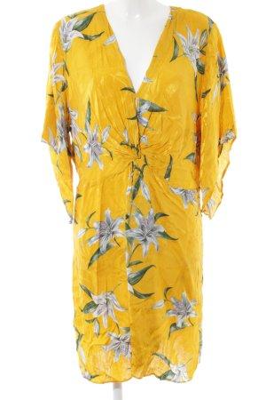 River Island Vestido cruzado estampado floral look casual