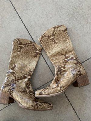Rizzo italian snake print boots cowboy