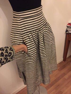 Falda larga gris-gris claro