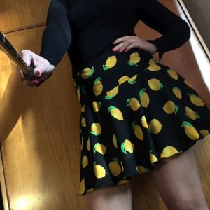 Flounce Skirt black-yellow