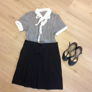 Rock, A-Linie mit kleine Falten, schwarz, Zara Basic, Business, Blogger