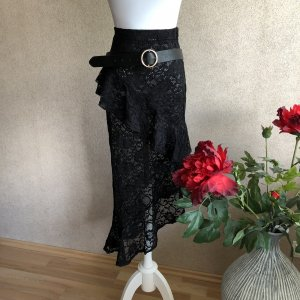 PrettyLittleThing Lace Skirt black
