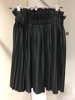 0039 Italy Jupe plissée noir