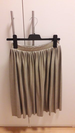 Clockhouse Pleated Skirt light grey-gold-colored