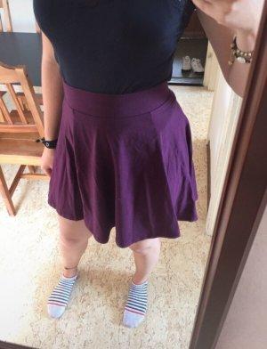 H&M Skater Skirt blackberry-red