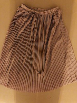 Faldas midi de Zara a precios razonables f905fb909ef1