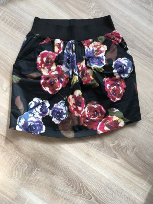 Rock mit Flower Print