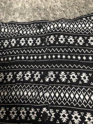 H&M Skater Skirt white-black
