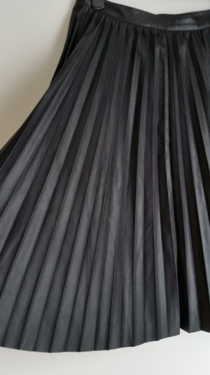 Only Pleated Skirt black imitation leather