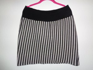 One Two Luxzuz Knitted Skirt black-white textile fiber
