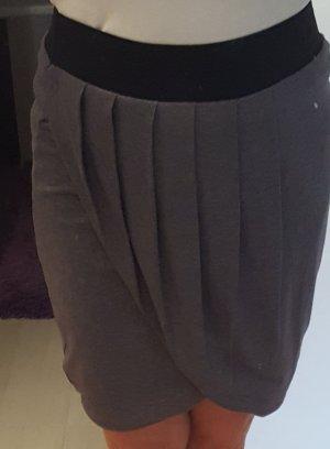Orsay Falda cruzada gris