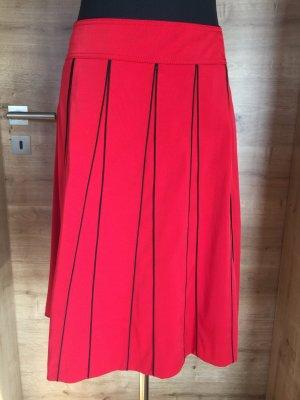 Rock rot mit schwarzen Streifen Betty Barclay Gr 36 neu