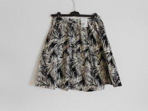 Rock schwarz weiß im Palmblätter design von H&M