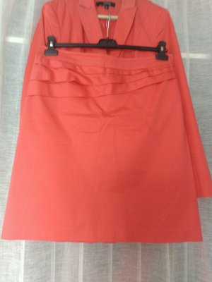 Comma Skirt bright red