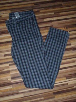Rockige, karierte Jeans 38