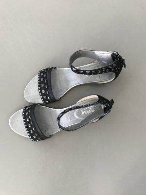 Rockige Sandale