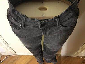 Rockige Skinny Jeans, grau