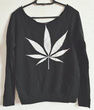 Rockiger Pullover mit Kragen im Used-Look