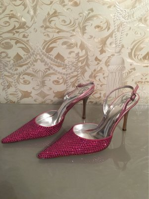 Pointed Toe Pumps magenta