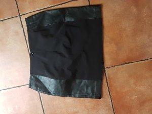 Röck mit Kunstleder und Reißverschluss