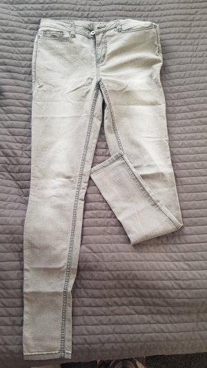 Vero Moda Pantalón de tubo gris claro-gris