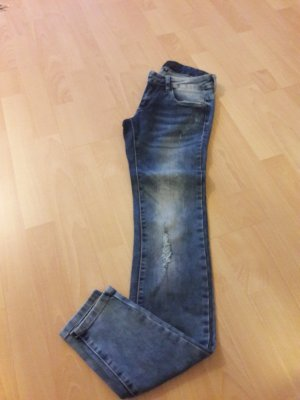 Röhren-Jeans Gr. 26 (32)