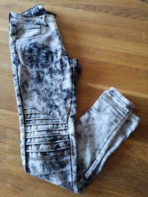 Röhren Jeans mit Stretch ONLY Gr. S, Länge 30