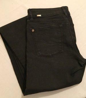 Röhren Jeans schwarz
