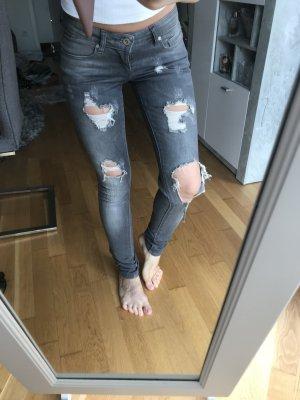 Röhren Jeans von only, Größe 34, destroyed Look