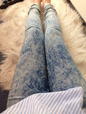 Röhrenjeans Blau Acid washed