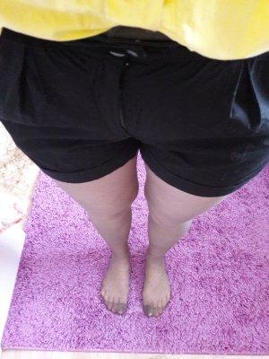 Röhrenjeans Hot pants Shorts gr. 38/M Skinny Vero Moda schwarz Büro Kurze Hose