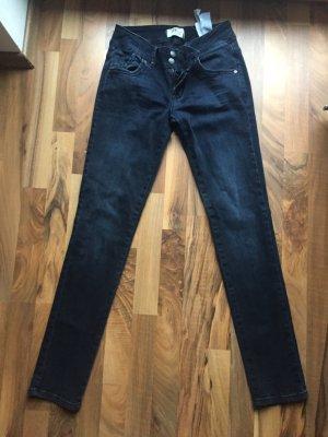 Röhrenjeans, Jeans, LTB Jeans