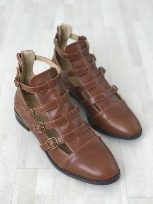 Römer Sandalen geschlossene Schuhspitze