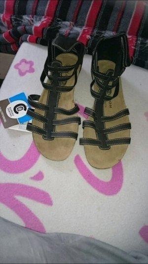 Römer Sandalen in schwarz