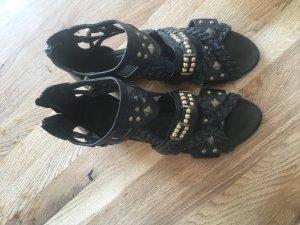 Tamaris Roman Sandals black-gold-colored