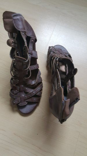 Strapped High-Heeled Sandals grey brown-bronze-colored