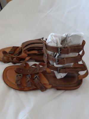 Air Step Sandalias romanas marrón claro