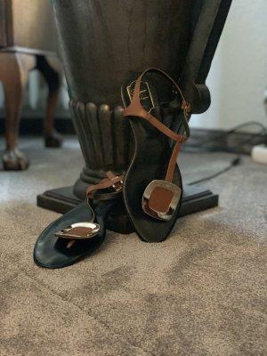 Roger vivier Toe-Post sandals cognac-coloured