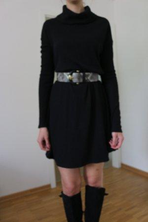 Rollkragenkleid in schwarz von JustFab