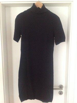 Rollkragenkleid schwarz