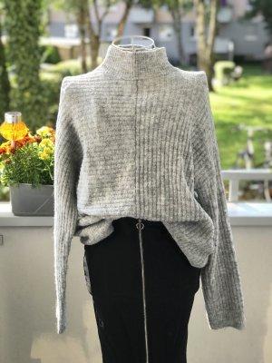 H&M Turtleneck Sweater light grey