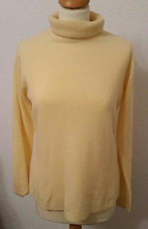 Maglione dolcevita giallo pallido Acrilico